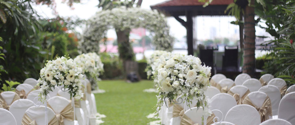 Book your wedding at SplashWorld
