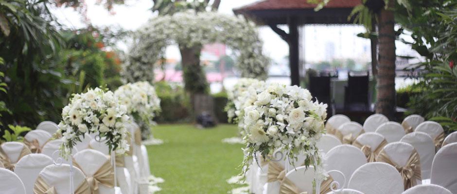 Book your wedding at SplashWorld
